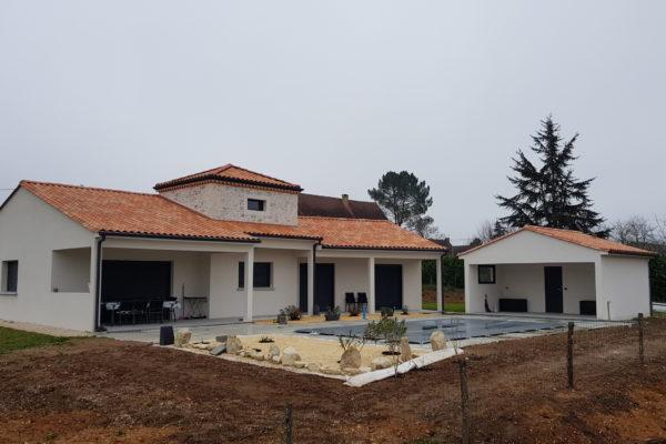 Maison neuve, construction, Périgord, Dordoogne